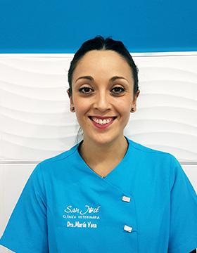 maria-vera-equipo-clinica-veterinaria-san-jose